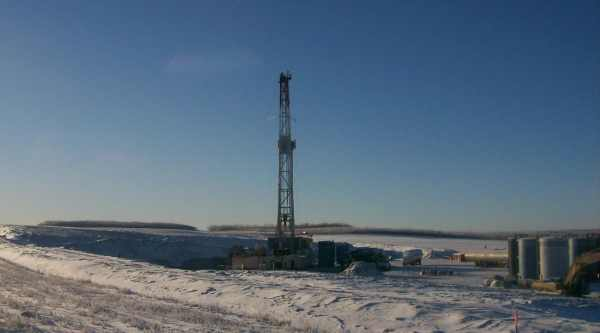 Oilfield Photos. A remote drilling rig in Northern Alberta