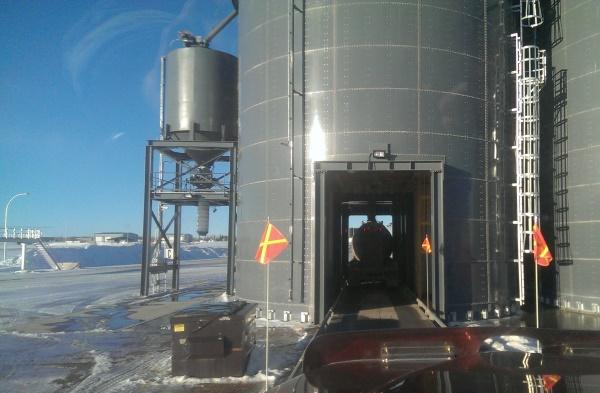 Frac hauling. New modern high rate frac sand loading facility