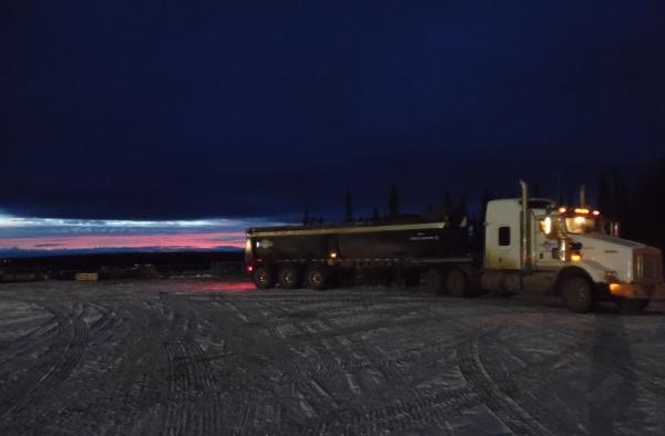 Big Rig Pictures. End dump at sunset