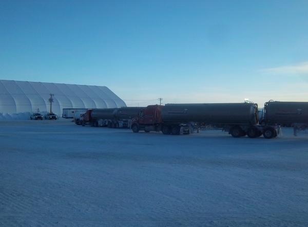 Big Rig Pictures. Ice road fuel haulers at Diavik diamond mine