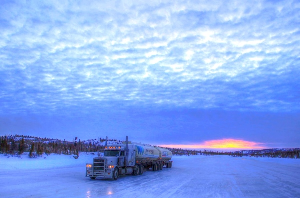 Big Rig Pictures. Fuel hauling across the frozen lake