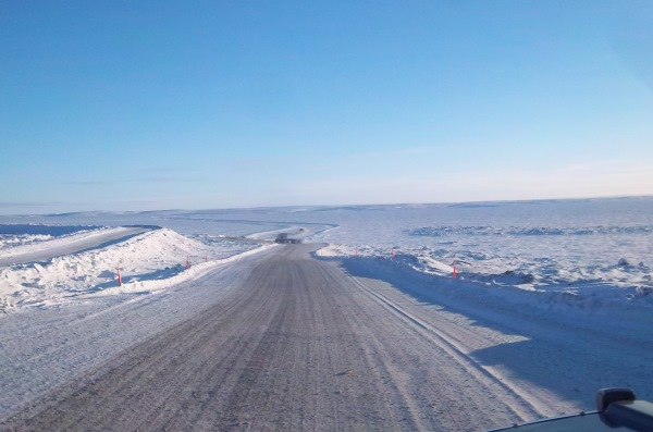 Ice Road Driving Photos. Leaving Diavik Diamond Mine