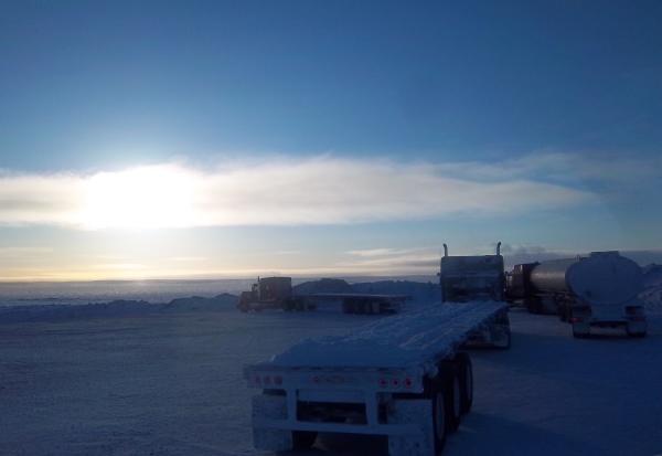 Big Rig Pictures. Empty convoy leaving the diamond mine.