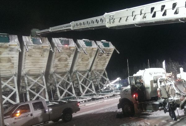 Oilfield Photos. Telebelt loading frac sand
