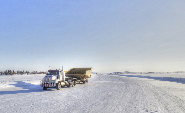 Big Rig Pictures. Tri Drive Western Star ice road hauler