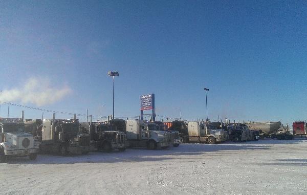 Oilfield Photos, Hotel Wal Mart for frac sand haulers