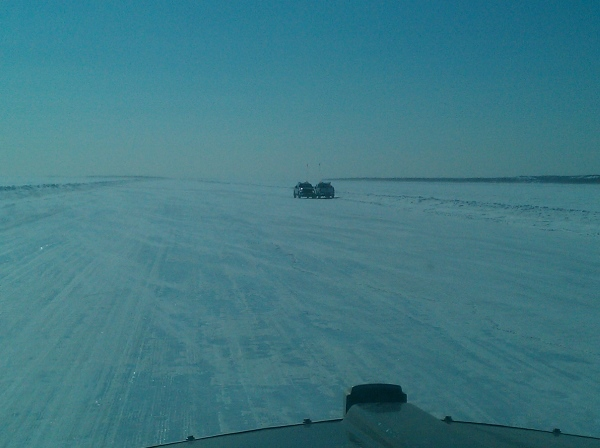 Tibbett Contwoyto Winter Road security patrols on Drybones Lake.